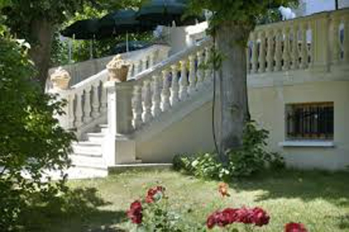 polyurethane-baluster-design-handrail-balusters-staircase-post-pu-stair-banisters-and-railings_3