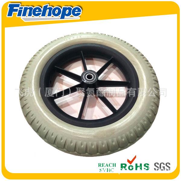 塑料轮毂PU轮胎1